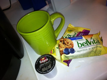 belVita Breakfast Biscuits 5 Pack Blueberry Breakfast Biscuits uploaded by Kenda P.
