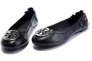 Photo of Tory Burch Flat Shoes uploaded by Gladys A.
