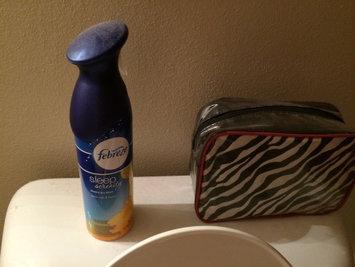 Photo of Febreze Sleep Serenity Warm Milk & Honey Bedroom Mist uploaded by Erika W.