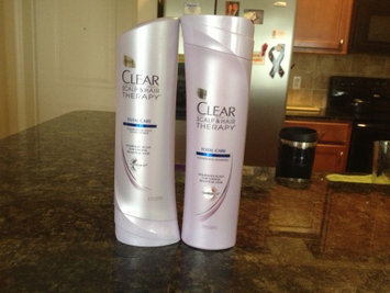 Clear Scalp & Hair Beauty Therapy Frizz-Control Nourishing Daily Conditioner uploaded by Amanda C.