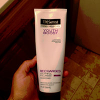 TRESemmé Expert Selection Youth Boost Recharges Youthful Fullness Conditioner uploaded by Wilka B.