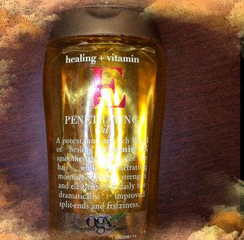 OGX® Penetrating Oil, Healing + Vitamin E uploaded by Daniela G.