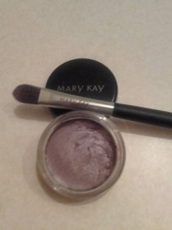 Mary Kay® Cream Eye Color/Concealer Brush uploaded by Crystal S.