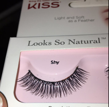 Photo of Kiss Looks So Natural Lashes Shy uploaded by Tejada A.