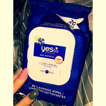Photo of Yes To Blueberries Cleansing Facial Wipes uploaded by Audrionna A.