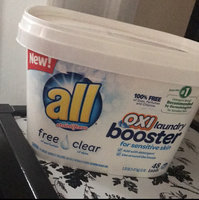 all® free clear OXI Laundry Booster for Sensitive Skin 48 Loads 3.25 lb. Tub uploaded by Silvana S.