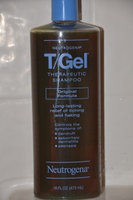Neutrogena® T/Gel Daily Control® 2-in-1 Dandruff Shampoo Plus Conditioner uploaded by Mary J.
