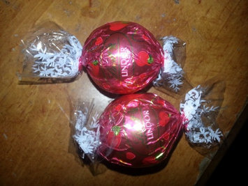 Photo of Lindt Lindor Stracciatella Chocolate uploaded by Amanda N.