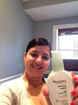 Photo of Aveeno® Clear Complexion Daily Moisturizer uploaded by Ivette C.
