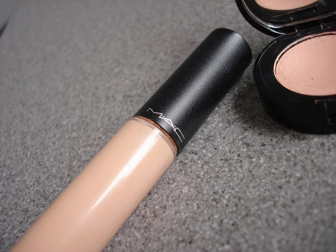 MAC Select Moisturecover uploaded by Emilia H.