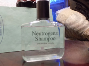 Neutrogena Anti-Residue Shampoo uploaded by Danielle F.
