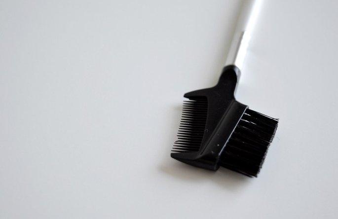 e.l.f. Cosmetics Brow Comb + Brush uploaded by Victoria Z.