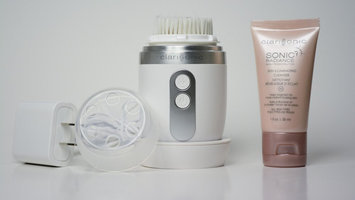 Clarisonic Mia Fit uploaded by Nicci G.