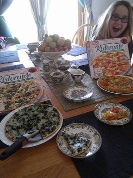 Photo of Dr. Oetker Ristorante Pizza Spinaci uploaded by Amy P.