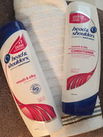 Head & Shoulders Smooth & Silky Dandruff Shampoo uploaded by Cassie Renee S.