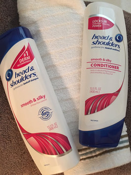 Photo of Head & Shoulders Smooth & Silky Dandruff Shampoo uploaded by Cassie Renee S.
