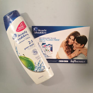 Head & Shoulders Green Apple 2-in-1 Dandruff Shampoo & Conditioner uploaded by Heather M.