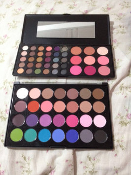 Photo of BH Cosmetics Special Occasion Palette uploaded by Lizbeth B.