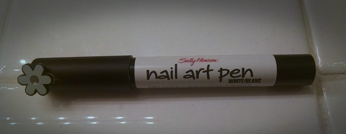 Sally Hansen Nail Art Pens uploaded by Desiree L.