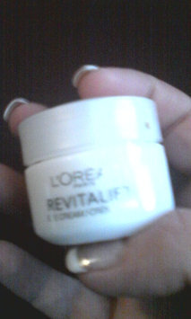 L'Oréal RevitaLift Complete Anti-Wrinkle Moisturizer Eye Cream uploaded by Katherine E.