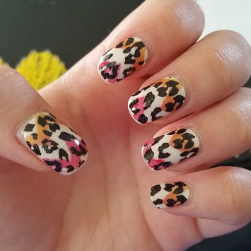 Photo of Sally Hansen® Salon Effects Real Nail Polish Strips uploaded by Noelle M.