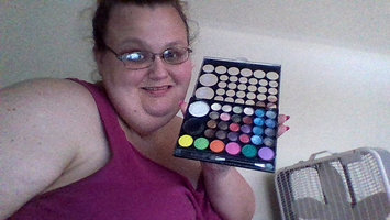 Klean Color Kleancolor Girls Talk Eyeshadow 02 Blushing uploaded by Jamie H.