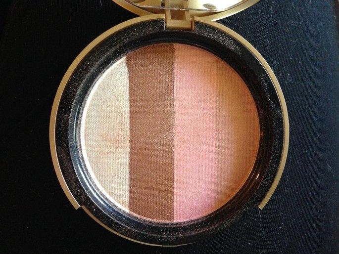 Too Faced Bronzer uploaded by Annie L.