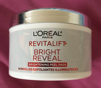 L'Oréal Paris RevitaLift® Bright Reveal Brightening Daily Peel Pads uploaded by Cat F.