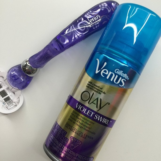 Gillette Venus Ultramoisture Violet Swirl Shave Gel with Olay uploaded by Jenna Q.