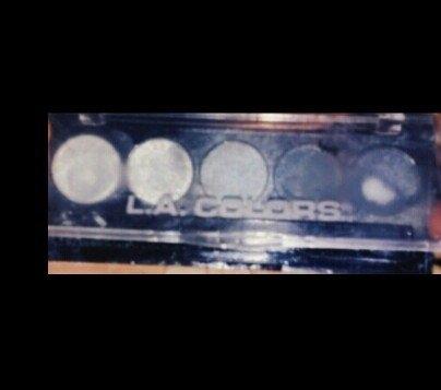 L.A. Colors 5 Color Metallic Eyeshadow, Ammunition, .26 oz uploaded by Betty B.