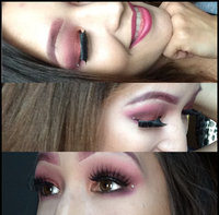 Huda Beauty Textured Eyeshadows Palette Rose Gold Edition uploaded by Anna L.