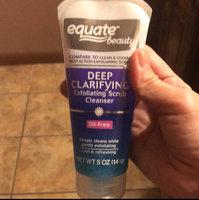 Equate Beauty Deep Clarifying Exfoliating Scrub Cleanser, 5 oz uploaded by Mayela P.