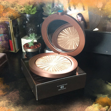 Photo of Estée Lauder Bronze Goddess Illuminating Powder Gelée uploaded by Fernanda M.