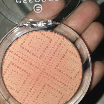 Photo of Essence Satin Touch Blush uploaded by blogger n.