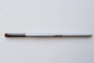 NYX Eyeshadow Crease Brush B12 uploaded by Nurjahan K.
