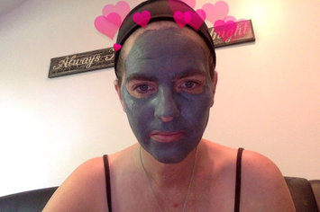 Global Beauty Mask Wash Off Charcoal 5oz uploaded by Amanda K.