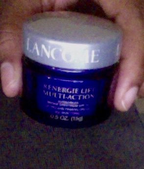 Photo of Lancôme R nergie Lift Multi-Action uploaded by Chinwe I.