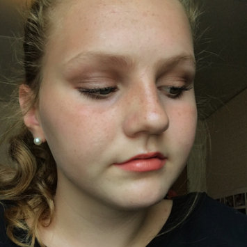 Photo of L.A. Colors Shimmering Loose Eyeshadow uploaded by Celia H.