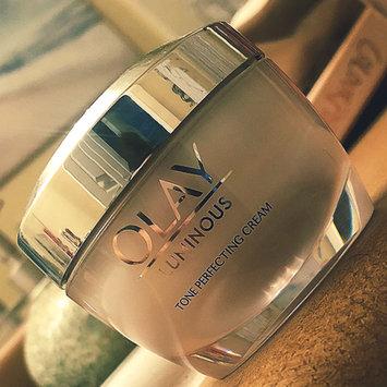 Photo of Olay Regenerist Luminous Skin Tone Perfecting Cream uploaded by Alejandra P.