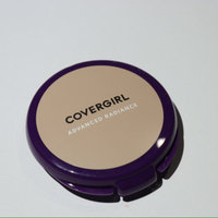 CoverGirl Advanced Radiance Age-Defying Pressed Powder, Classic Beige [115] 0.39 oz uploaded by María M.