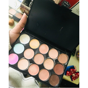 Photo of Coastal Scents Eclipse Concealer Palette uploaded by Saron A.