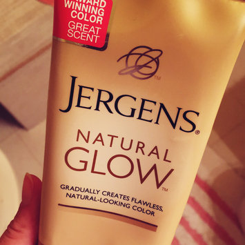 Photo of JERGENS® Natural Glow® Daily Moisturizer uploaded by Erin B.