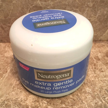 Photo of Neutrogena® Extra Gentle Eye Makeup Remover Pads uploaded by Chelsea G.