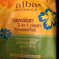 Alba Botanica Hawaiian 3-in-1 Clean Towelettes Deep Pore Purifying Pineapple Enzyme uploaded by Kim B.