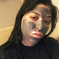 Yes To Tomatoes Detoxifying Charcoal Mud Mask uploaded by Yoshika G.