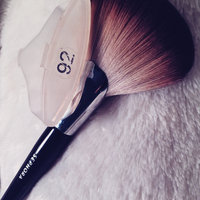 SEPHORA COLLECTION PRO Featherweight Fan Brush #92 uploaded by Nini E.