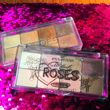 Photo of Essence All About … Eyeshadow Palette (8 shades) uploaded by Dania S.
