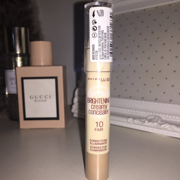 Photo of Maybelline Dream Brightening Creamy Concealer uploaded by Carrie W.