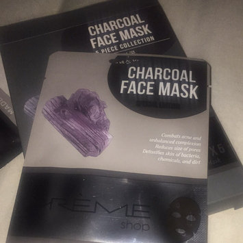 Photo of the CRÈME shop Charcoal & Lemon Fusion Sheet Mask uploaded by Glorielie S.