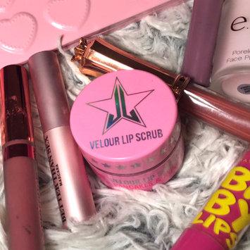 Photo of Jeffree Star Velour Lip Scrub uploaded by Magaly V.